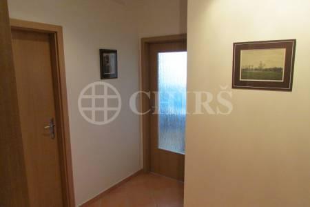Prodej bytu 2+kk/L, OV, 50m2, ul. Voskovcova 1130/34, Praha 5 – Barrandov