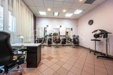 Prodej komerčního objektu, OV, 122m2, ul. Volutová 2520/10, Praha 5 - Stodůlky