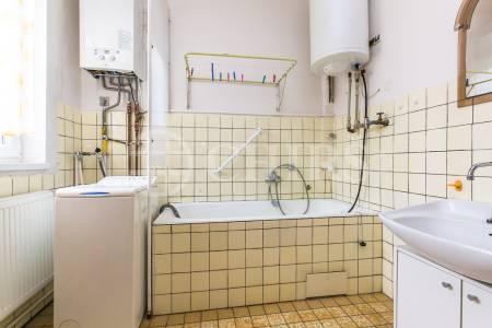 Prodej domu 4+1, OV, 120m2, ul. Stržná 261/49, Praha 6 - Suchdol