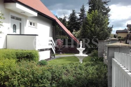 Prodej rodinné vily, 280m2, ul. Chrpová, Průhonice