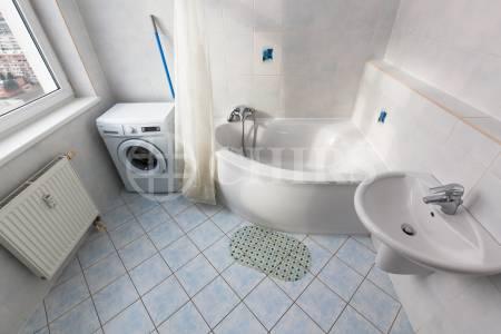 Pronájem bytu 2+kk/B, OV, 113m2, ul. Petržílkova 2583/15, Praha 5 - Hůrka
