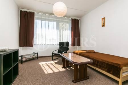 Pronájem bytu 1+kk, OV, 29 m2, ul. Platónova 3278/8, Praha 4 – Modřany