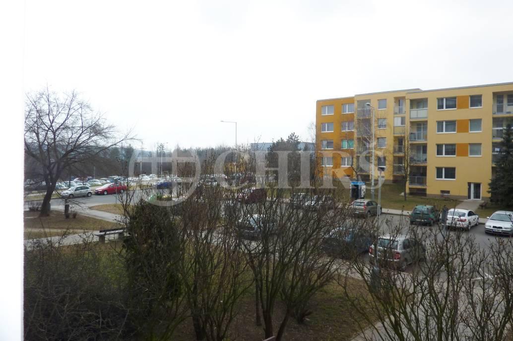 Prodej bytu 2+kk/L, DV s převodem do OV, 45m2, ul. Vokrojova 3378/4, P-12 Modřany