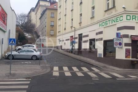 Pronájem nebytového prostoru v ulici Zúžená v Praze 6