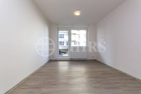 Pronájem bytu 2+kk s balkonem, OV, 54m2, ul. Svitákova 2810/5, Praha 5 - Stodůlky