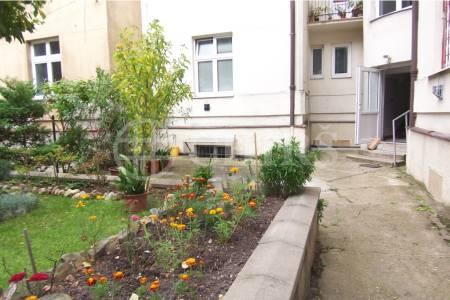Pronájem bytu 2+kk po rekonstrukci, 48 m2, ul. Na Jezerce 1741/19, P4 - Nusle
