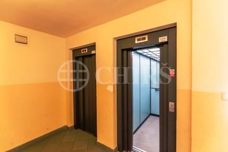 Pronájem bytu 2+kk, OV, 46m2, ul. U Vlečky 7/2166, Praha - 4 Komořany