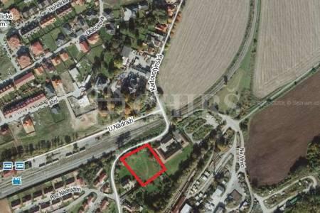 Prodej pozemku 4158 m2, ul. Karlovotýnská Praha - Západ, Nučice