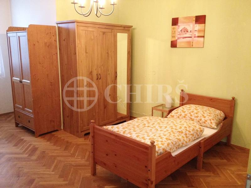 Pronájem bytu 2+kk, OV, 60m2, ul. Vratičova 277/11, Praha 5