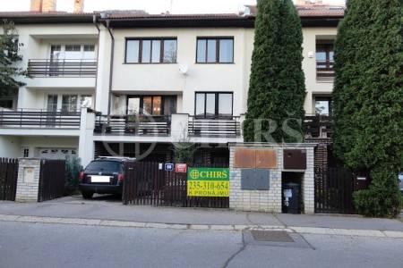 Pronájem bytu 3+1, OV, 94m2, ul. K Zahrádkám 1037/58, Praha 13