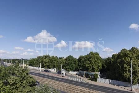 Prodej bytové jednotky s balkónem, 47 m2, Za Vokovickou vozovnou, Praha 6
