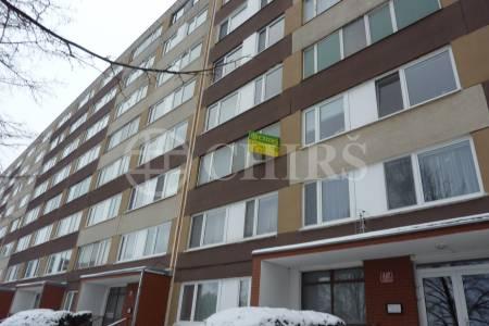 Prodej bytu 3+1/L, DV s převodem do OV, 71m2, ul. Frostova 337, P-10 Petrovice