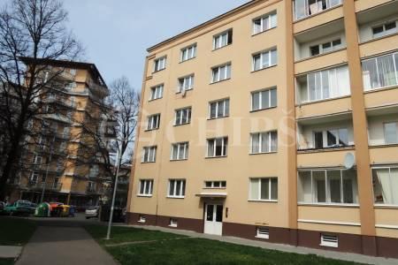 Prodej bytu 2+1/L, 57 m2, DV, ul. Na Okraji 48, Praha 6, Hvězda