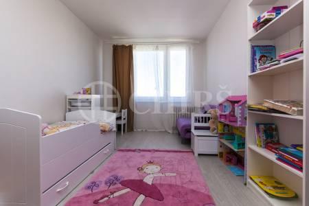 Prodej bytu 3+1, OV, 77m2, ul. Ciolkovského 847/7, Praha 6 - Ruzyně