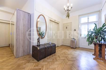 Prodej komerčního objektu, OV, 107m2, ul. Svatovítská 682/7, Praha 6 - Dejvice