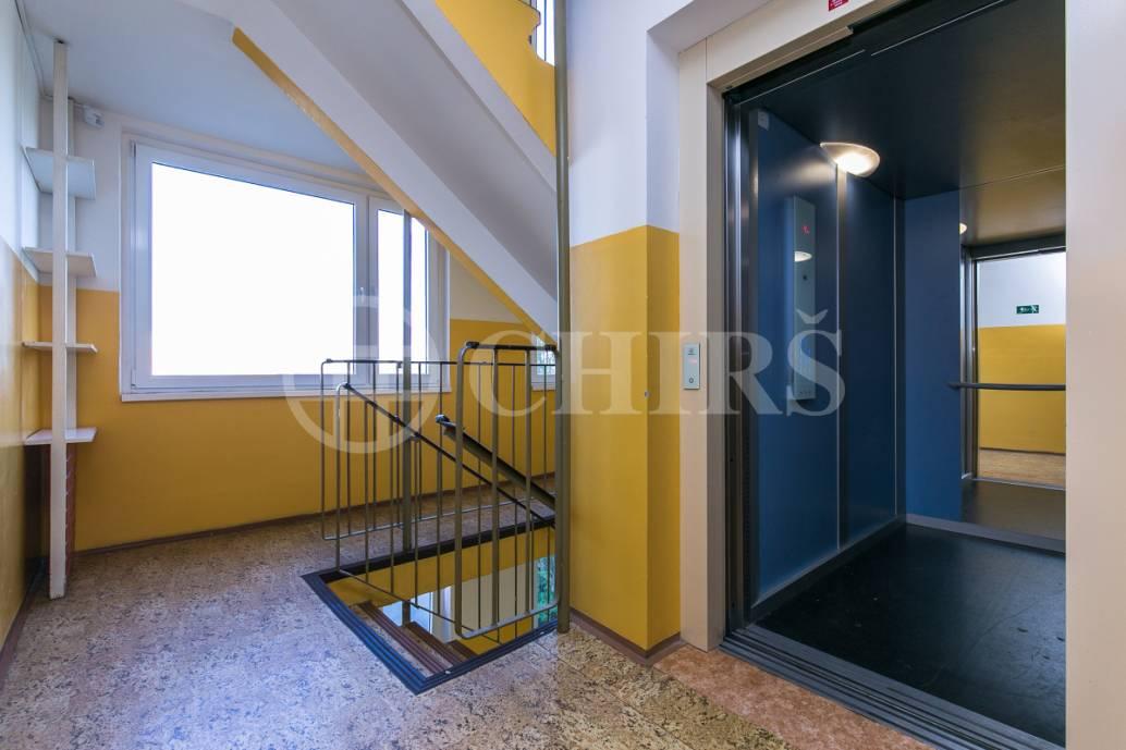 Prodej bytu 2+kk, DV, 43m2, ul. Píškova 1955/30, Praha 13 - Lužiny