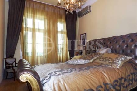 Prodej bytu 3+1, OV, 113m2, ul. Mělnická 584/10, Praha 1 - Malá Strana