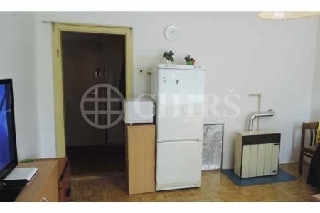 Prodej garsonky 26 m2, DV, ul. Na Petynce, P6 - Střešovice