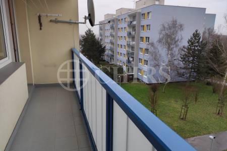 Prodej bytu 3+kk, DV, 76 m2, ul. Štichova 639/22, Praha 4 Háje.