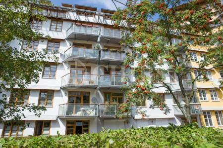 Pronájem bytu 3+1 s balkónem, OV,  85,3m2, ul. Na Okraji 439/46, Praha 6 - Petřiny