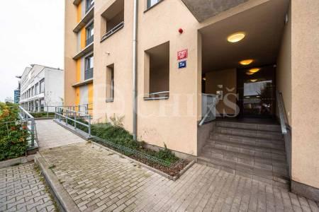 Pronájem bytu 3+kk, OV, 81m2, ul. Nárožní 2787/7a, Praha 5 Stodůlky