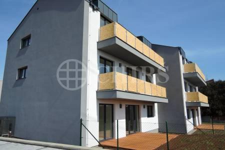 Prodej bytu 4+kk/B, OV, 87m2, ul. Neffova, Praha 5 - Řeporyje