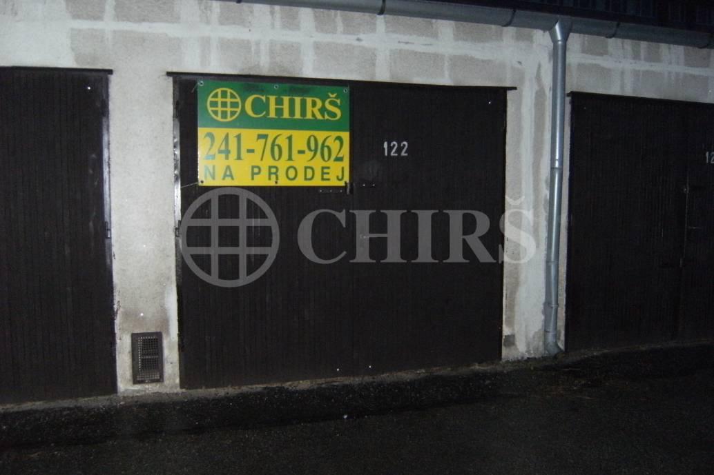 Prodej garáže,DV, 20m2, ul. B.Martinů, P-4 - Podolí