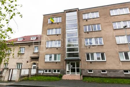 Pronájem bytu 2+kk, OV, 49 m2, ul. U Čtvrté baterie 1958/3, Praha 6 - Břevnov