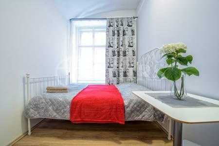 Prodej bytu 4+1, OV, 86 m2, Na Bělidle 293/32, Praha 5 - Smíchov