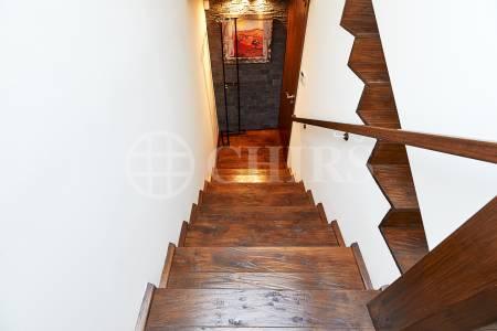 Prodej rodinného domu 4+1 s terasou, OV, 186m2, ul. Nad Motolskou nemocnicí 1044/16, Praha 6 - Břevnov
