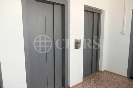 Prodej bytu 3+1/L, OV, 75m2, ul. Jordana Jovkova 3255/9, P-4  Modřany