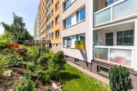 Prodej bytu 3+kk/L, OV, 65,5m2, ul. Machuldova 575/13, P-12 Kamýk