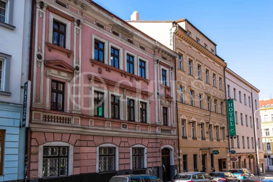 Pronájem bytu 1+1, OV, 34m2, ul. Cimburkova 332/33, Praha 3 - Žižkov