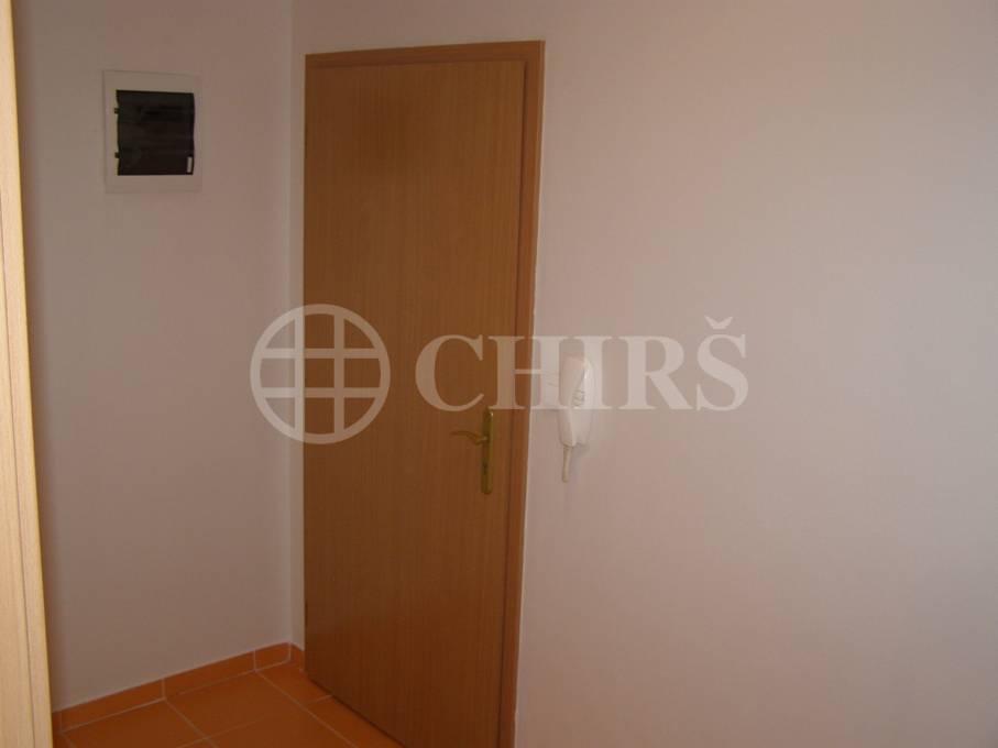 Prodej bytu 1+kk, OV, 41m2, ul.Komenského, Šestajovice