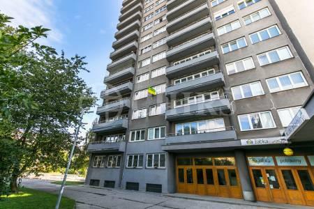 Prodej bytu 2+kk s lodžií, DV, 53m2, ul. Evropská 1691/35, Praha 6 - Dejvice