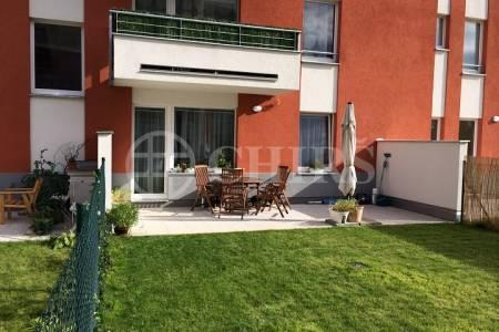 Prodej bytu 2+kk/T/GS, OV, 49m2, ul. Sazovická 488/6, Praha 5