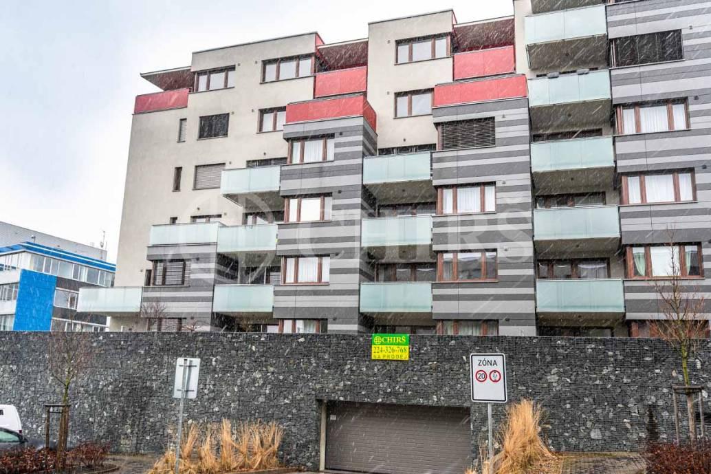 Prodej bytu 2+kk s terasou, OV, 59m2, ul. Pod Stolovou horou 975/1, Praha 5 - Jinonice