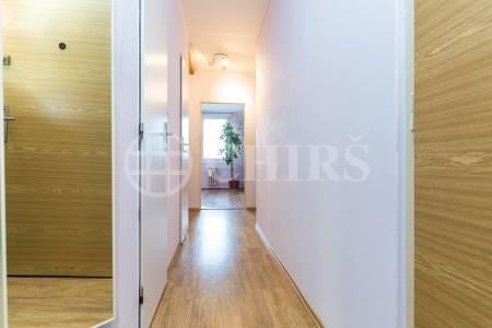 Prodej bytu 3+1 s lodžií, OV, 75m2, ul. Nušlova 2284/33, Praha 13 - Nové Butovice