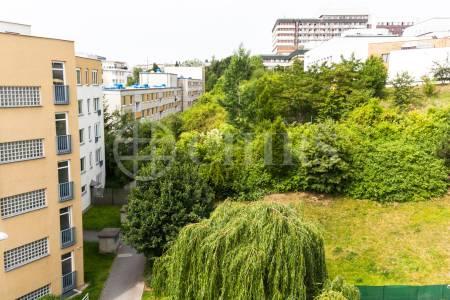 Pronájem bytu 1+kk/B, OV. 31m2, ul. Jeřabinová 294/9, Praha 5 - Motol
