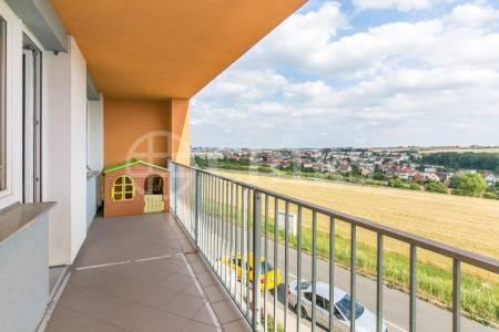 Prodej bytu 3+kk s lodžií a 2x garážovým stáním, OV, 81m2, ul. Radouňova 2682/26, Praha 5 - Stodůlky