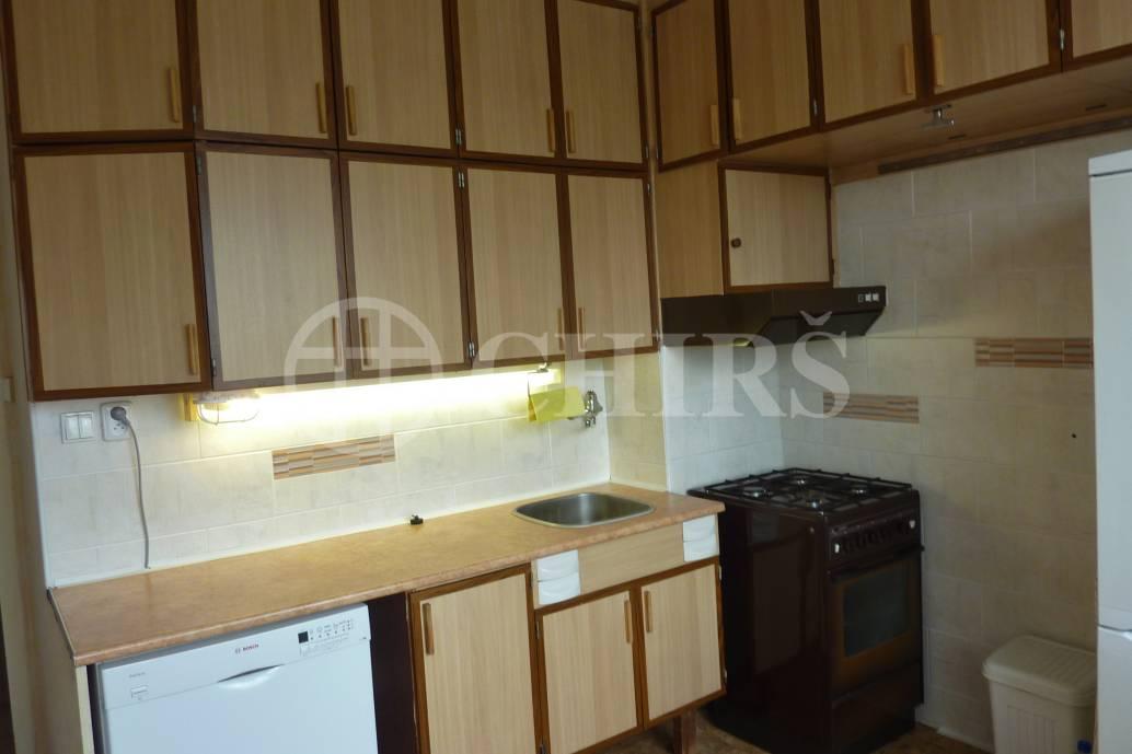 Prodej bytu 3+1/L, DV, 82m2, ul. Písnická 756/52, P-12 Kamýk