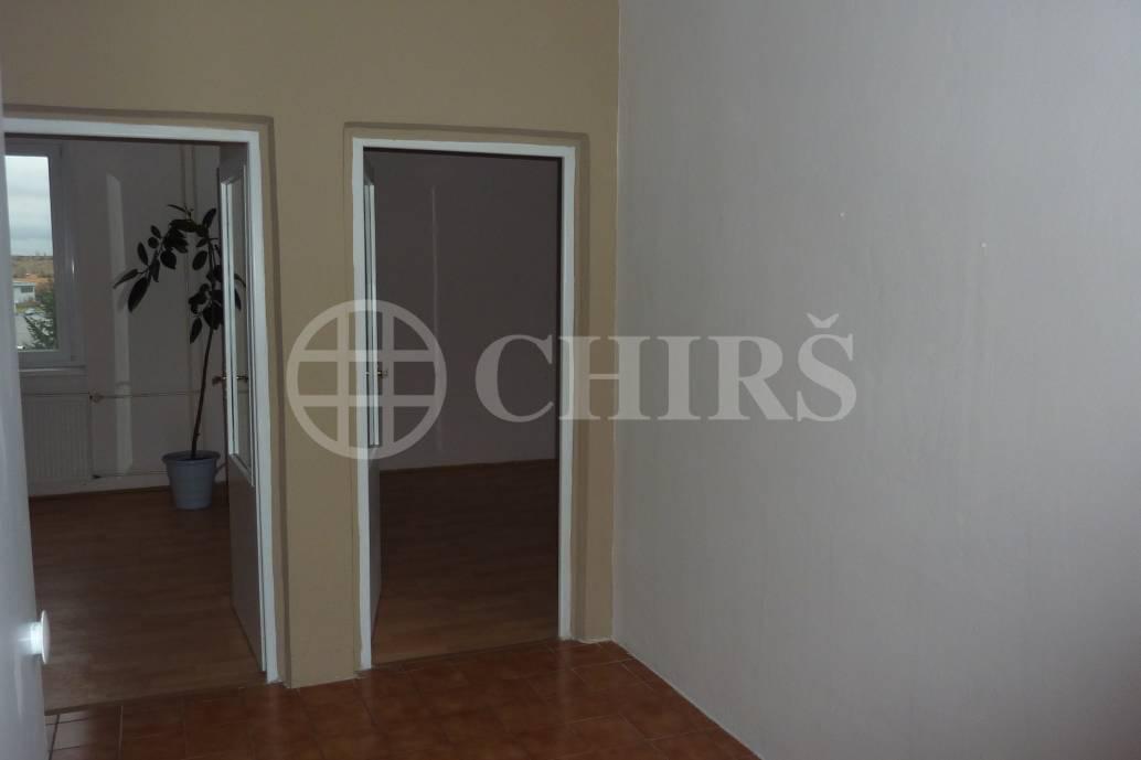 Prodej bytu 3+1/zasklená L, DV, 66m2, ul. Šatrova 663/7, P-12 Kamýk