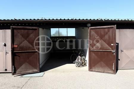 Prodej garáže, OV, 18,5m2, ul. Běhounkova 2548/4, Praha 13 - Hůrka