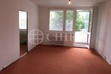 Prodej bytu 3+1/2L, DV s možností převodu do OV, 97m2, ul. Píškova 1958/36, Praha 13 - Stodůlky