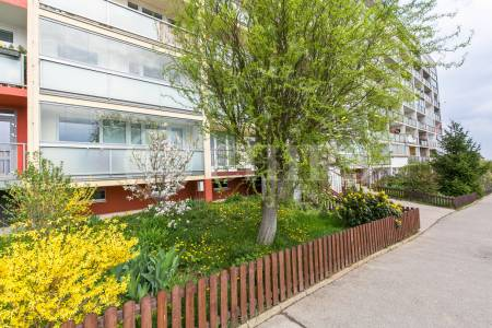 Prodej bytu 3+kk/L, OV, 73m2, ul. Janského 2250/37, Praha 13 - Velká Ohrada