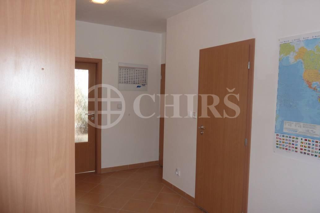 Prodej bytu 1+kk/B, OV, 44m2, ul. V Koutě 986/34, P-12 Libuš
