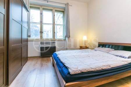 Prodej bytu 2+kk, 55 m2, OV, ul. Náměstí Interbrigády 815/6, Praha 6 - Bubeneč