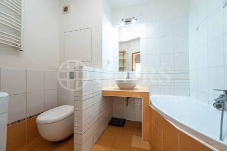 Pronájem bytu 3+1 s lodžií, DV, 62m2, ul. José Martího 390/3, Praha 6 - Veleslavín
