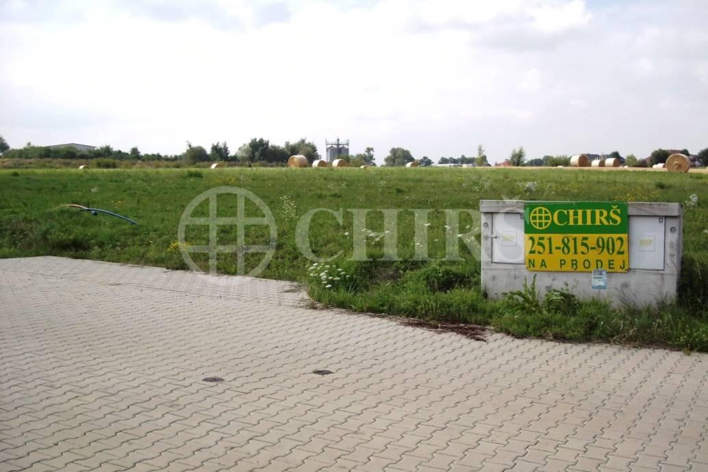 Prodej pozemku, OV, 986m2, Sluštice, Praha - východ