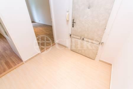 Pronájem bytu 2+kk, OV, 40m2, ul. Zemědělská 1573/4, Praha 6 - Dejvice